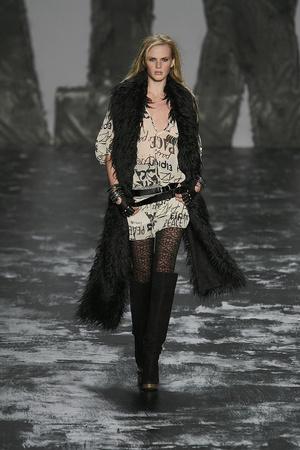 Показ Miss Sixty коллекции сезона Осень-зима 2009-2010 года prêt-à-porter - www.elle.ru - Подиум - фото 91182