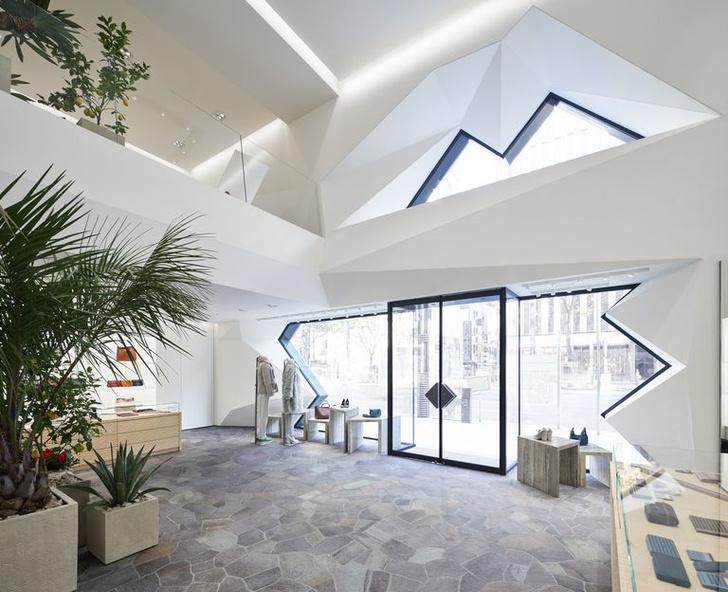 Флагманский бутик Bottega Veneta в Токио (фото 2)