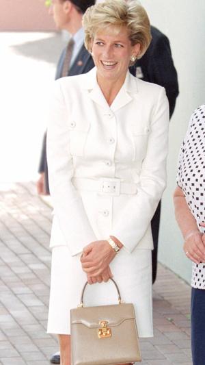 8 примеров того, как Мелания Трамп вдохновляется стилем принцессы Дианы (фото 17)
