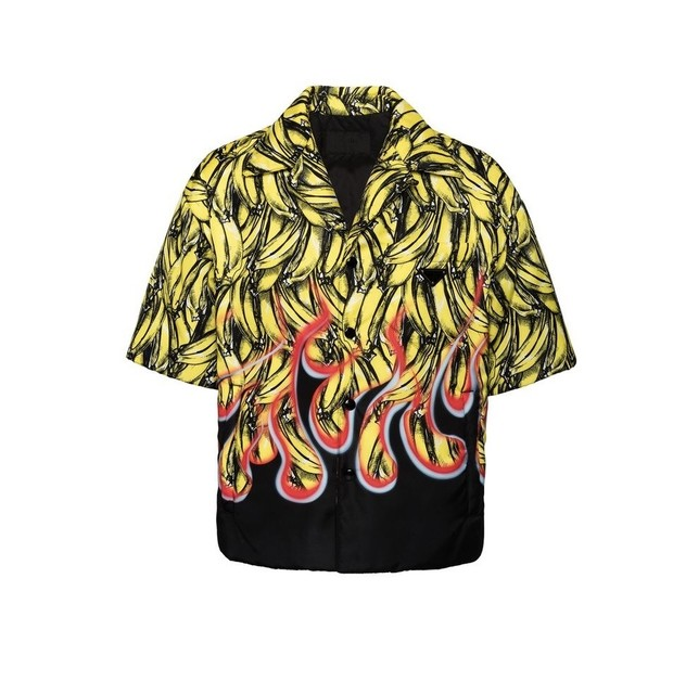 Доказано аналитиками: именно эту мужскую рубашку хотят все девушки (фото 1)