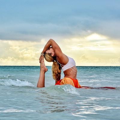 ВСТАЛА В ПОЗУ: 7 мотивирующих йога-аккаунтов   галерея [2] фото [1]
