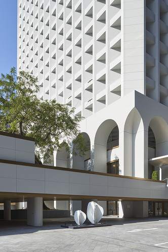 Реконструкция иконы модернизма Гонконга от Foster + Partners (фото 2.1)