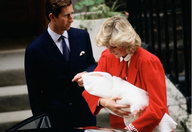 История одного дня: принцесса Диана и новорожденный Гарри (фото 2)