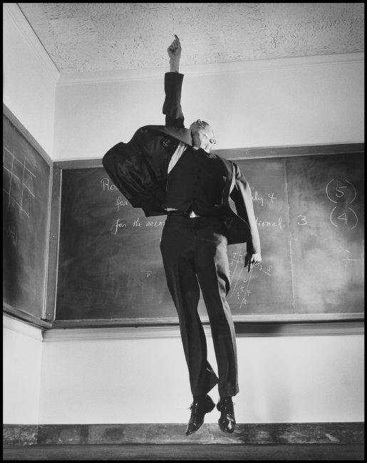 Открывается выставка Филиппа Халсмана «Прыжок»   галерея [1] фото [4]