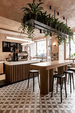 Бежевая кофейня в Одессе (фото 1)