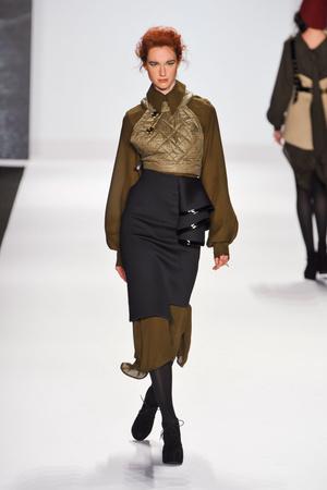 Показы мод Project Runway Осень-зима 2013-2014 | Подиум на ELLE - Подиум - фото 920