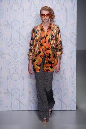 Показ Holly Fulton коллекции сезона Весна-лето 2014 года prêt-à-porter - www.elle.ru - Подиум - фото 561785