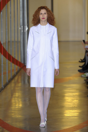 Показ Adeline Andre коллекции сезона Весна-лето 2012 года haute couture - www.elle.ru - Подиум - фото 331510