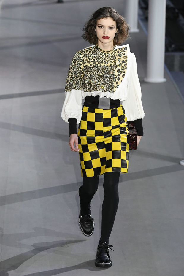 От хип-хопа до фанка 1980-х: смешение стилей на показе Louis Vuitton? (фото 8)