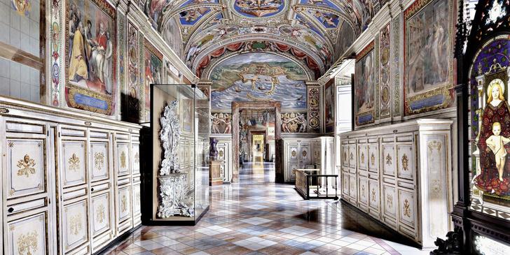 Самые потрясающие библиотеки мира (фото 2)