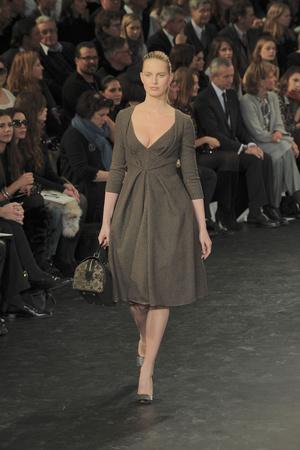 Показ Louis Vuitton коллекции сезона Осень-зима 2010-2011 года prêt-à-porter - www.elle.ru - Подиум - фото 157473