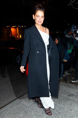 Cмелый образ Кэти Холмс: как актриса устанавливает новые модные правила? (фото 2.1)