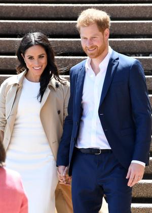 Белое платье и бежевое пальто: Меган Маркл и принц Гарри в Австралии (фото 2.2)