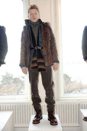 Показы мод Gilded Age Осень-зима 2011-2012 | Подиум на ELLE - Подиум - фото 2419