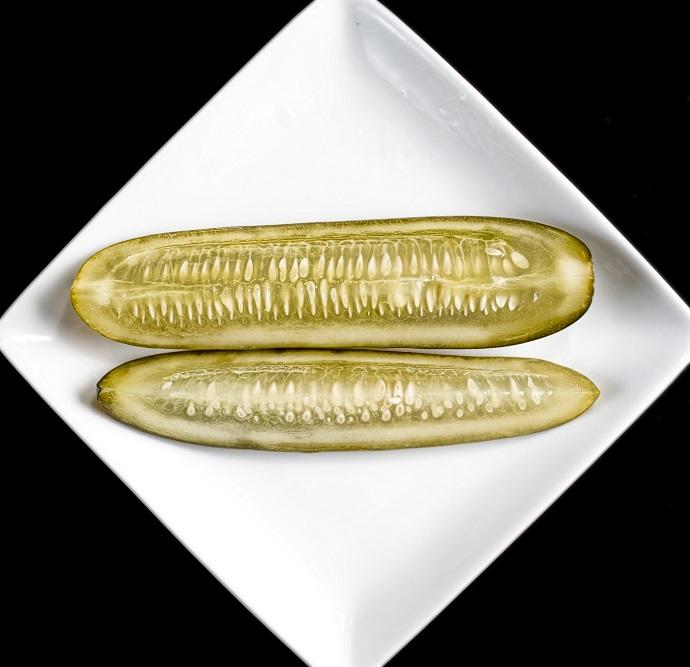 Малосольные огурцы с медом