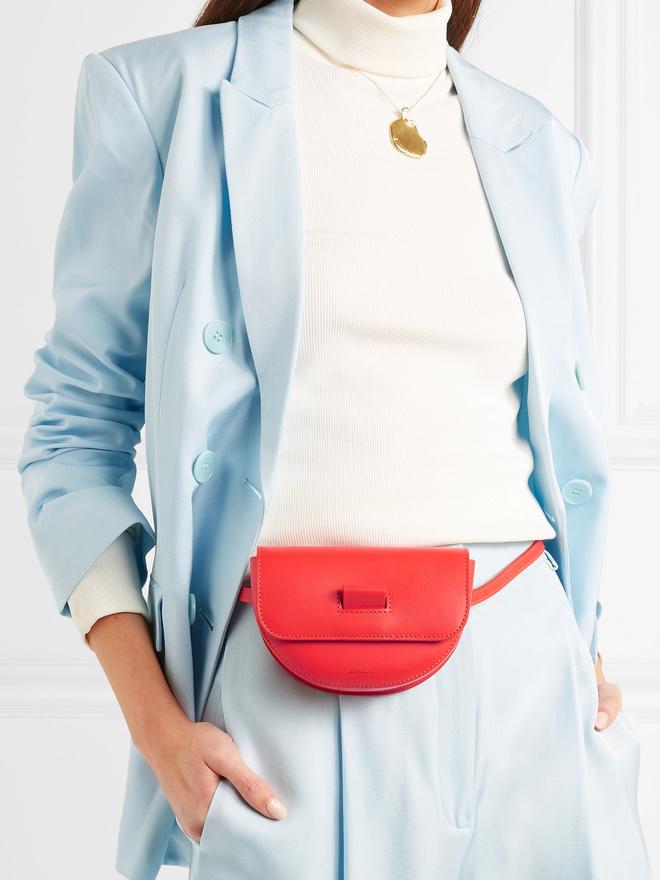 20 стильных поясных сумок на лето (фото 1.1)