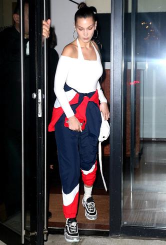 Спортивный шик: Белла Хадид и Кендалл Дженнер в Нью-Йорке фото [1]