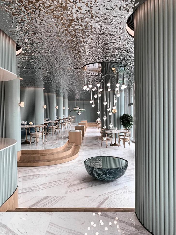 Французский ресторан с зеркальным потолком в Гуанчжоу (фото 7)