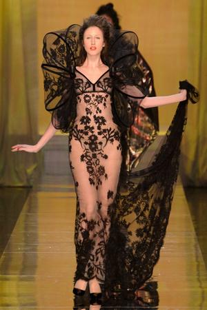 Показ Jean Paul Gaultier коллекции сезона Весна-лето  2017 года Haute couture - www.elle.ru - Подиум - фото 616786