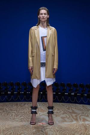 Показы мод Reed Krakoff Весна-лето 2015 | Подиум на ELLE - Подиум - фото 4103