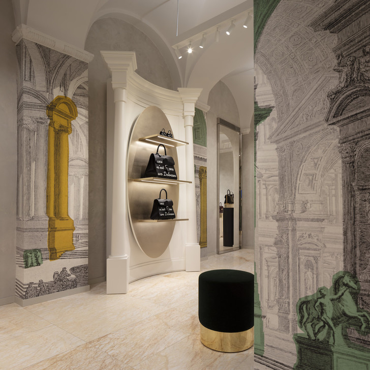 Delvaux opens its first boutique in Rome (фото 4)