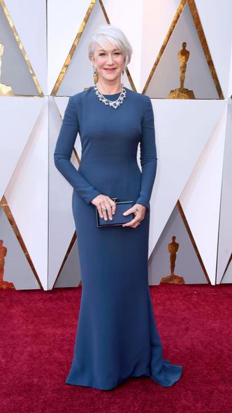 Самые яркие платья церемонии «Оскар — 2018» (фото 7.2)
