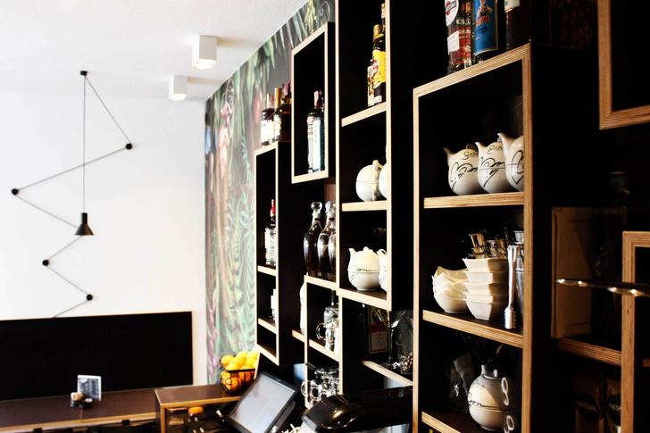 Джунгли и ч/б: модный бар в Ховатии (фото 9)