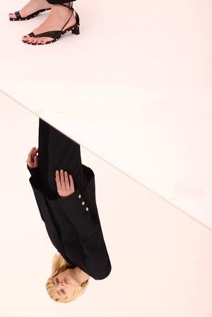 Как носить вещи из подиумной коллекции H&M Studio SS18? (фото 12)