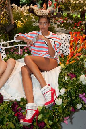 Показ Sophia Webster коллекции сезона Весна-лето 2014 года prêt-à-porter - www.elle.ru - Подиум - фото 563805