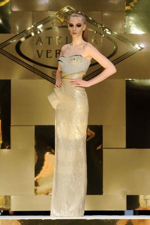 Показы мод Versace Haute Couture Весна-лето 2012 | Подиум на ELLE - Подиум - фото 1771