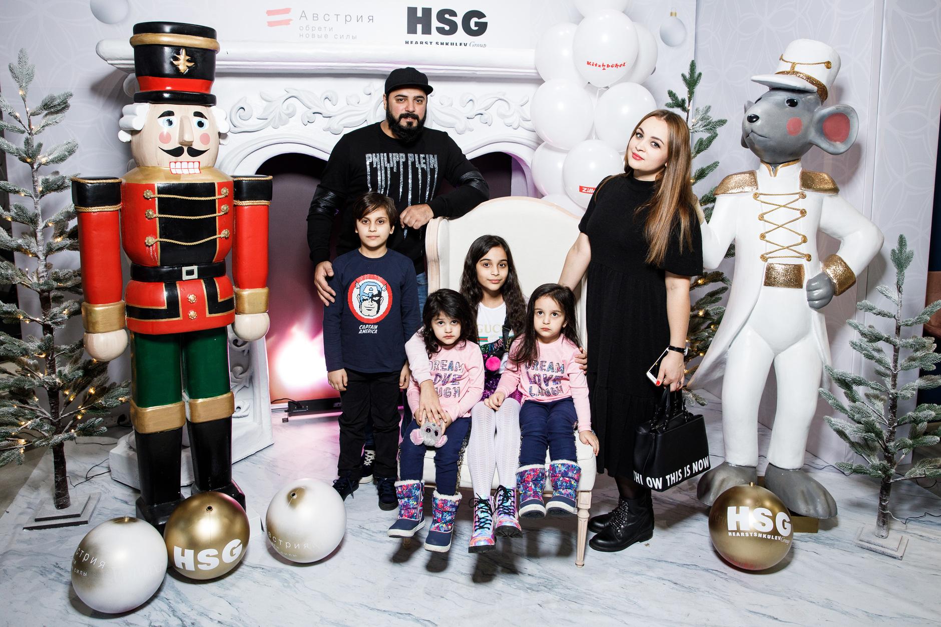 Детская новогодняя елка Hearst Shkulev Group (галерея 7, фото 2)