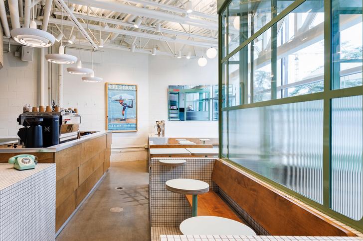 Маленькое дизайнерское кафе Melk в Монреале (фото 5)