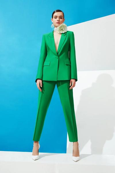 От зеленого смокинга до маленького черного платья: 40 нарядов для свиданий (галерея 6, фото 0)