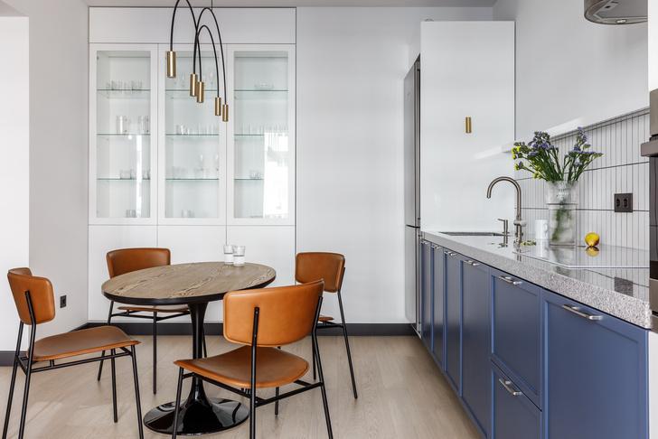 Современная интерпретация стиля «мидсенчури» для двухкомнатной квартиры в Краснодаре (фото 4)
