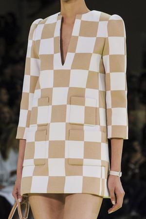 Показ Louis Vuitton коллекции сезона Весна-лето 2013 года prêt-à-porter - www.elle.ru - Подиум - фото 465200