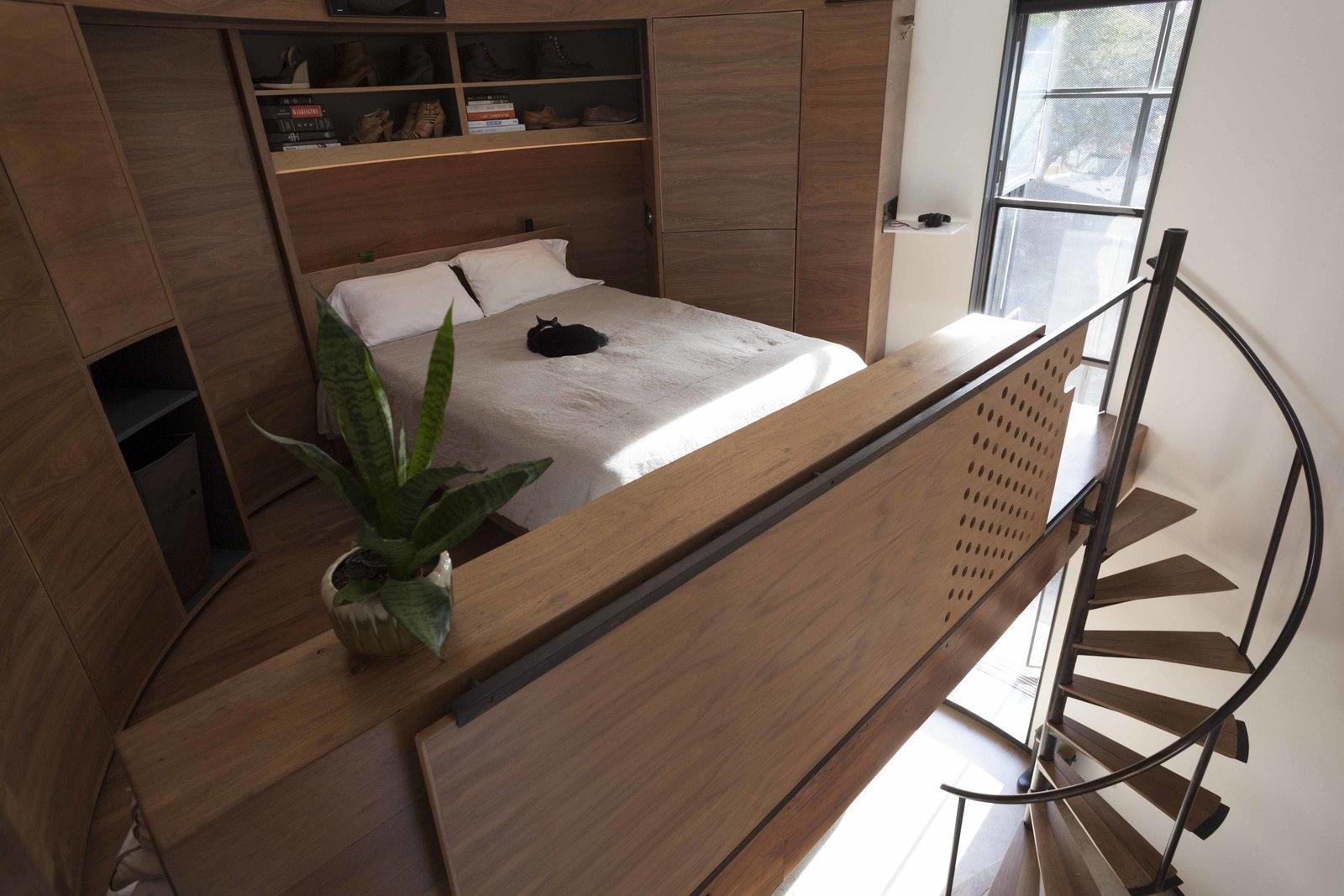 Спальня в стиле лофт: 10 кроватей на чердаке (галерея 0, фото 4)