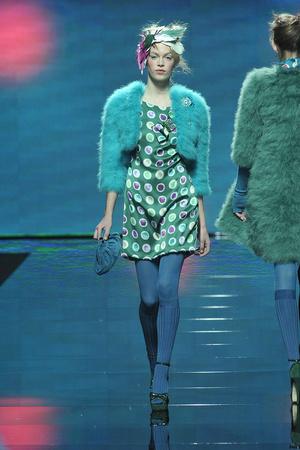 Показ Blugirl коллекции сезона Осень-зима 2009-2010 года Prêt-à-porter - www.elle.ru - Подиум - фото 94329