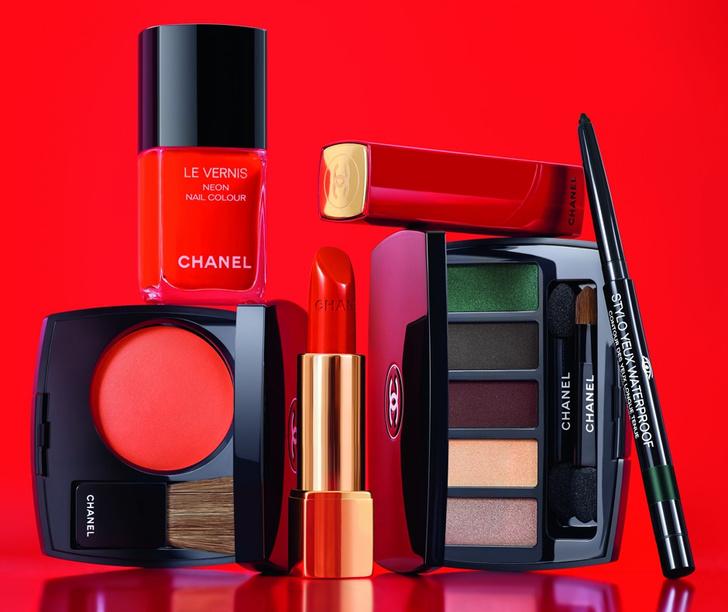 Лили-Роуз Депп представила сезонную коллекцию макияжа Chanel фото [7]
