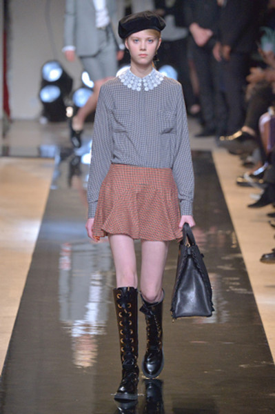 Неделя моды в Париже: показы Alexander McQueen и Paul & Joe ready-to-wear осень — зима 2015-2016 | галерея [2] фото [15]