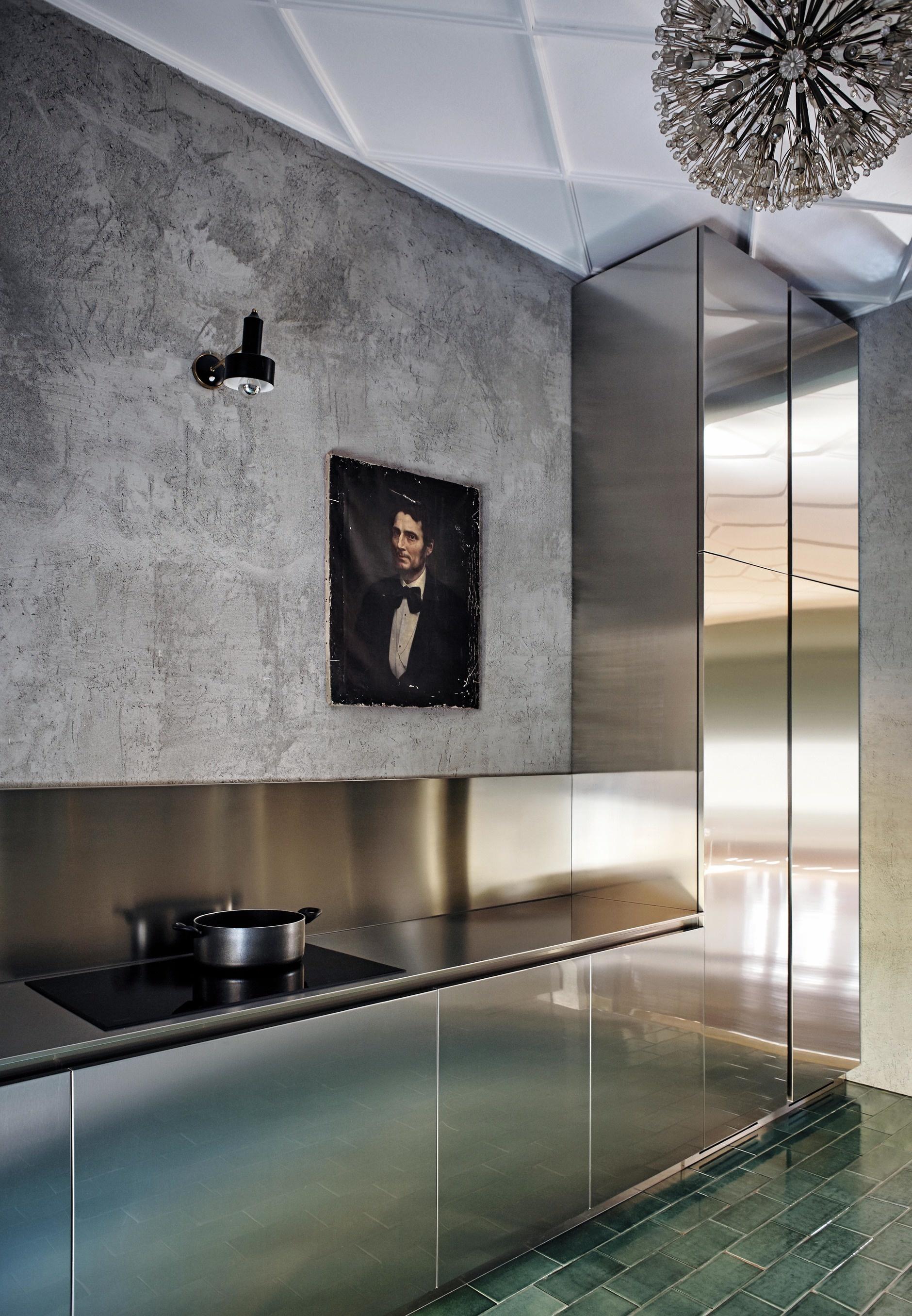 Кухня с блестящими фасадами: 10 примеров (галерея 0, фото 1)