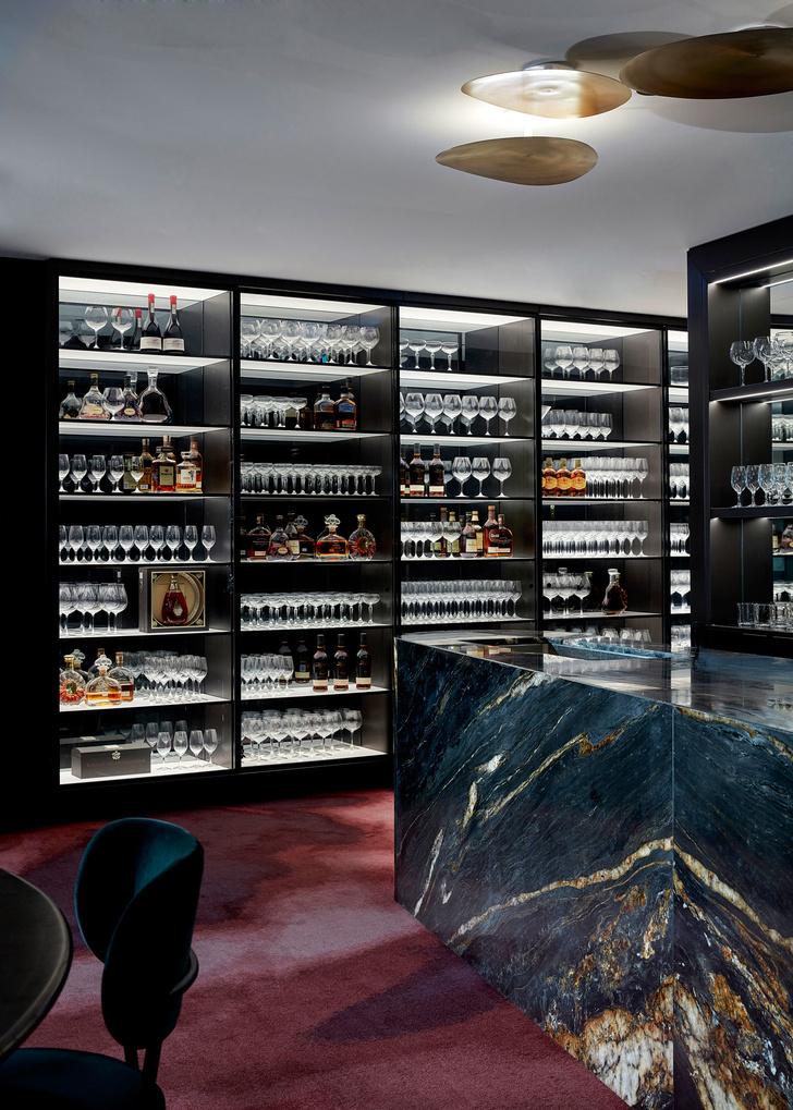 Модный ресторан на 19 этаже отеля (фото 8)