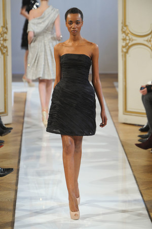 Показ Christophe Josse коллекции сезона Весна-лето 2012 года haute couture - www.elle.ru - Подиум - фото 330180