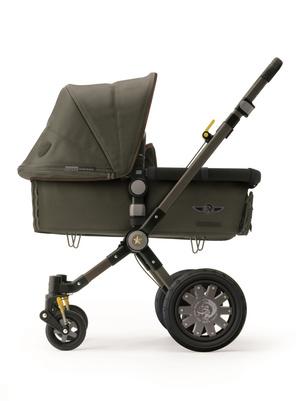 Diesel создал коляску в сотрудничестве с детской маркой Bugaboo
