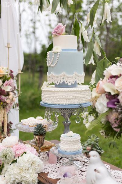 Весенняя свадьба: оформление   галерея [1] фото [2]