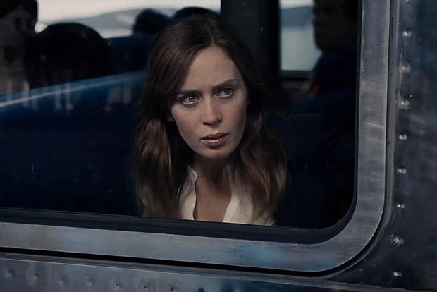 """Кадр из фильма """"Девушка в поезде"""""""