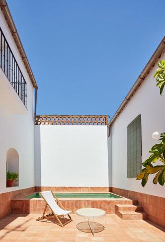 Домик в деревне: гестхаус в Испании от студии Lucas y Hernandez-Gil (фото 7.2)