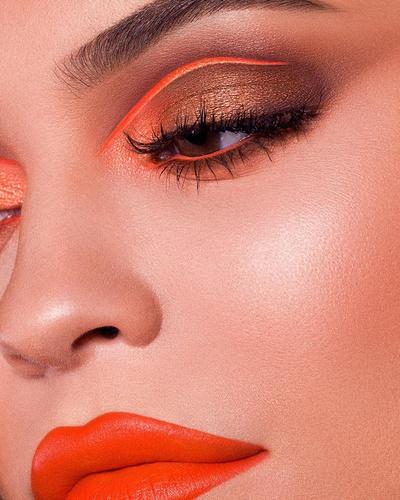 Новая коллекция макияжа от Кайли Дженнер (галерея 3, фото 0)