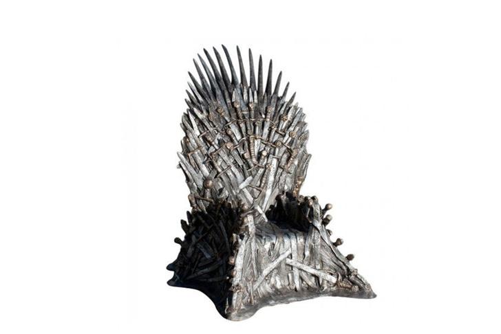 Реплика железного трона в натуральную величину, магазины HBO