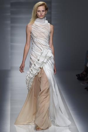 Показ Vionnet коллекции сезона Осень-зима 2014-2015 года Haute couture - www.elle.ru - Подиум - фото 585241