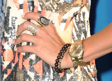 В СВОИХ РУКАХ: Как правильно носить браслеты | галерея [3] фото [2]